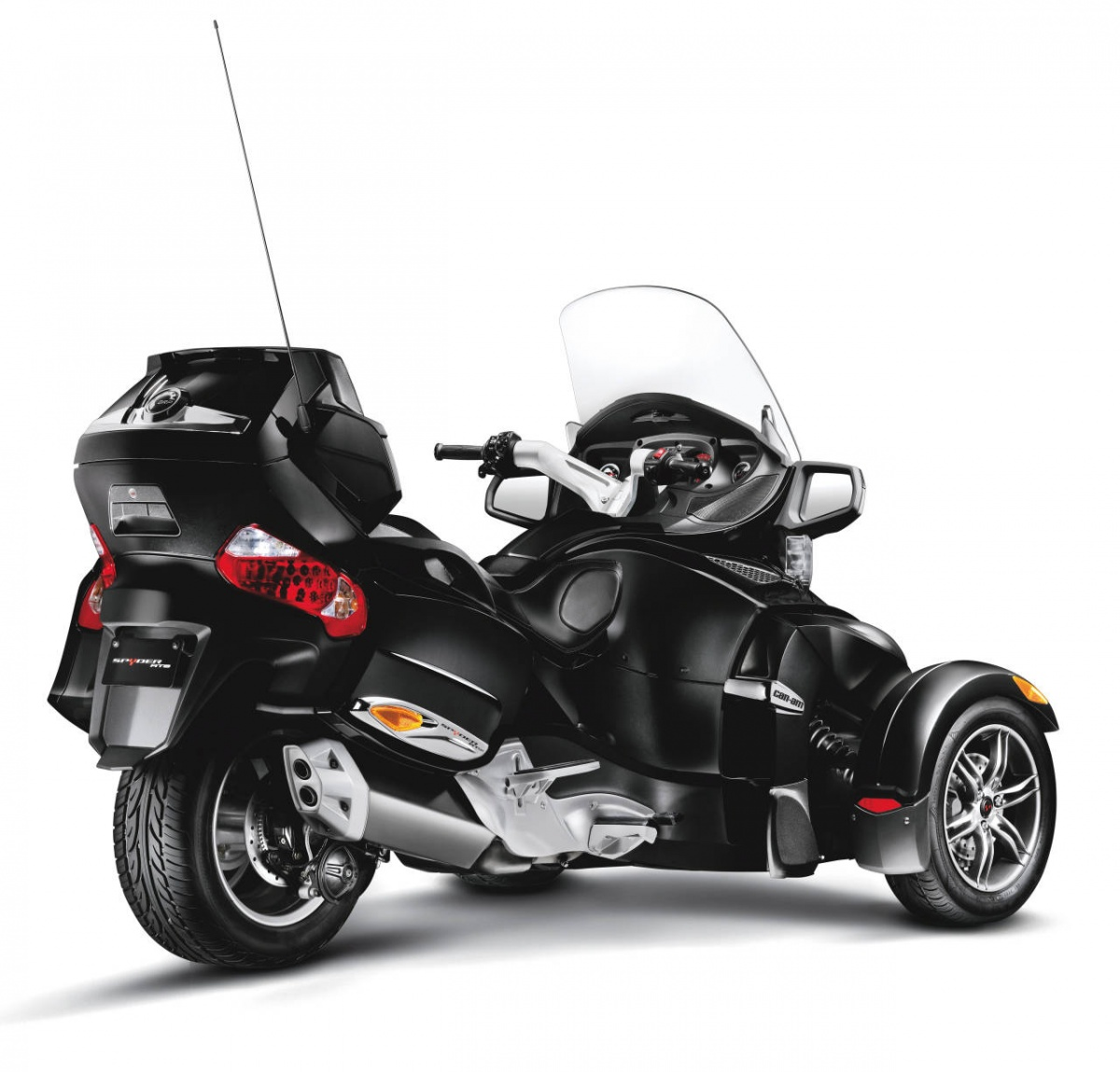Can-Am_Spyder_RT_S_Black_3-4_Rear